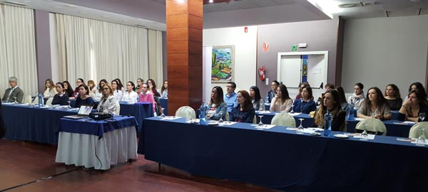 Curso invisalign 2017 colegio oficial de higienistas for Curso mantenimiento de piscinas comunidad valenciana