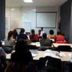 Imagen de los asistentes a las clases de legislación, dadas por Juan, el abogado del colegio, para la preparación a las oposiciones de higiene dental para la Comunidad Valenciana, 2018